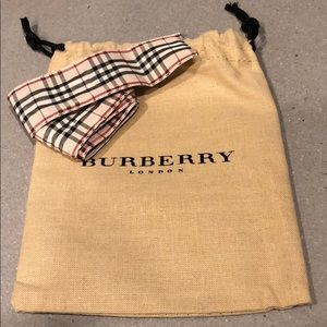 Burberry jewelry bag with Burberry ribbon